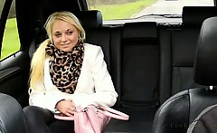 Great ass blonde fucked on backseat in fake taxi