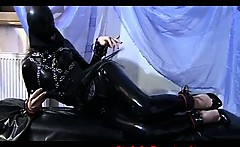 extreme solo mistress in latex