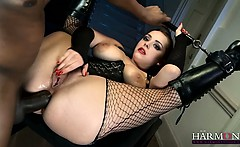 curvy kinky babe banged in ass by two huge dicks