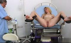 Sexy pussy gagging
