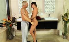 Pretty masseuse Amirah Adara gives nuru massage and fucked