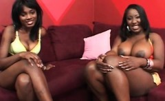 Chesty ebony lesbos love eating each others cunts