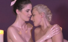 Hairy lesbian masseuse in wam erotic action