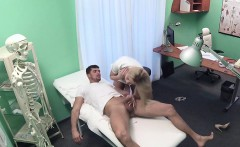 Blonde nurse fucks depresive patient