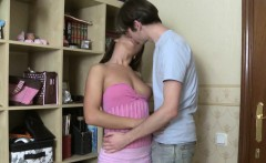 Stud pounds beauty's wet crack mightily with his hard rod