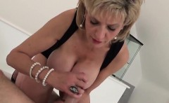 Unfaithful uk milf gill ellis shows off her massive boobs