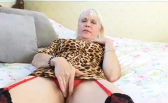 EuropeMaturE Lady Sextasy Showing Off Hot Body
