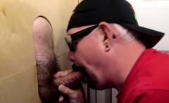 Cum Pumping Gloryhole Suck Off