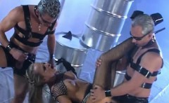 sharka blue getting kinky in threesome