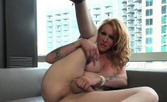 Bigbooty Tranny Pulling Her Cock In Highheels