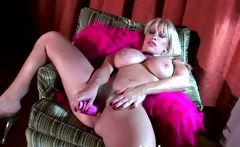 Horny massive MILF gives intense solo
