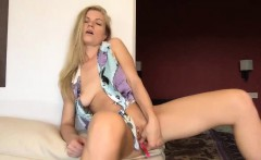 Absolutly sweet blonde fingering pussy