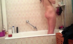 spycam bathroom catch college teen