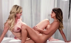 Babes Uma and Brandi enjoy licking their pussies