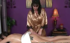 This masseuse seduces her client into having a happy ending