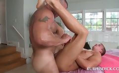 Gay masseur drilling and fingering male ass hole
