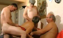 Big butt mature slut banging