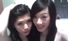 Slutty Korean Teen GFs!