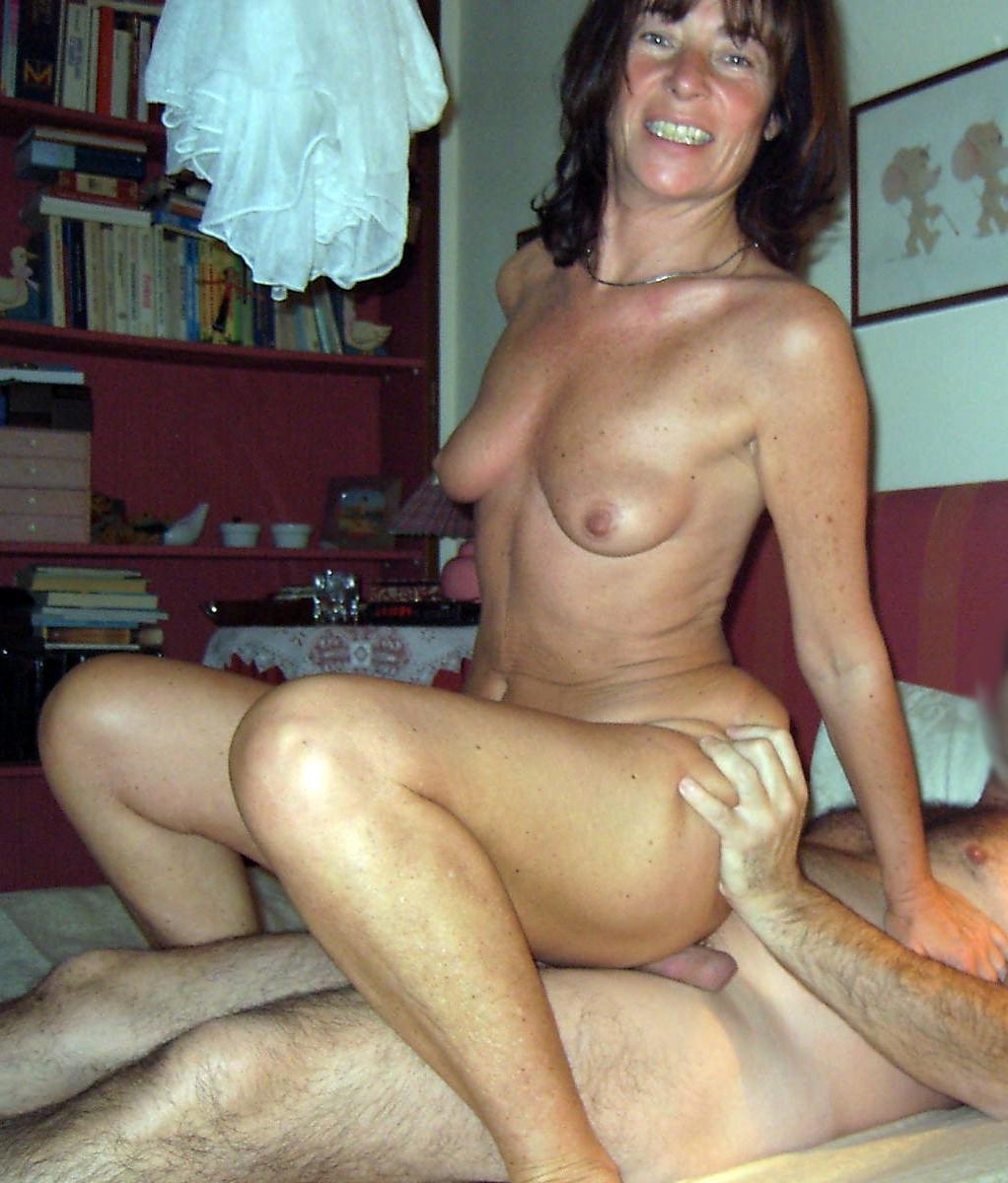 Du Sexe Beurette Avec Une Arabe Voilée !
