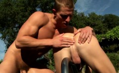Gaystraight jock sixtynining in the sun
