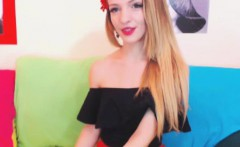 Sweet Petite Chick Loves to do Masturbation Show