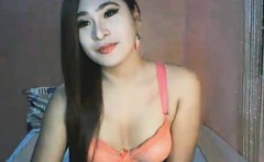 Asian Hot Shemale Being Naughty on Cam