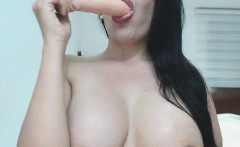 Amateur Sexy Chick Having a Orgasm on Cam