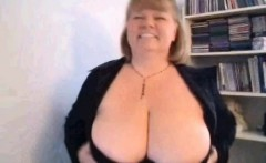 Mom Carla brandishing huge tits on webcam