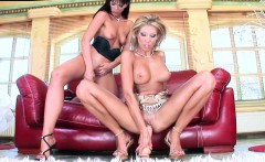 Simony and ClaraG fisting and lesbian sex with dildos