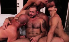 Muscle son ass to mouth with cumshot