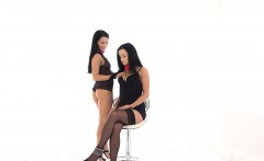 FisterTwister - Erotic lesbians get fisted