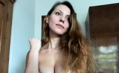 Busty Slut Performing Her Live Cam Show