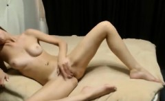 Teen s use strapon and small anal solo