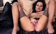 Bonnie Bellotti Fingering Tight Pussy