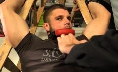 Muscle bodybuilder handjob with cumshot