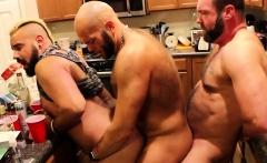 Daisy Chain Barebacking Bear Sex Orgy