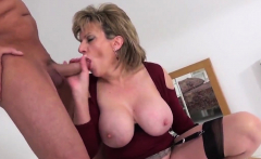 Cheating british milf gill ellis unveils her large melons44t