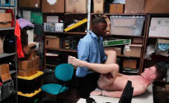 Rude Shoplifter Got A Banging Lesson From Officer