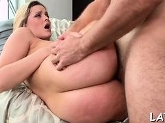 Sexy latin blonde chick Alexis Texas erotically teases