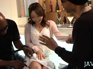 Japanese slut gets sexy marangos jizzed after givng oral